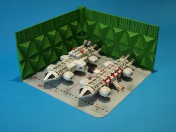 Space 1999 Eagle Transporter Ultra Deluxe Moonbase Alpha Eagle  Hanger Set